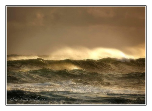 Angry ocean - fast shutter speed.